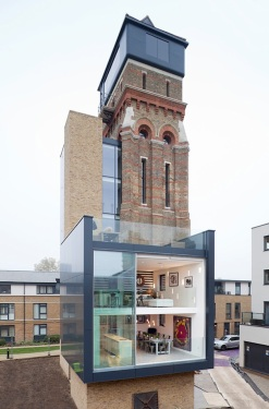 Water-Tower-Turned-London-Residence-2