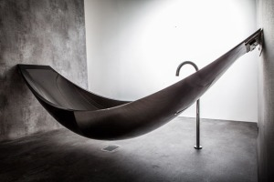 hammock bathtub (c) Splinter Works
