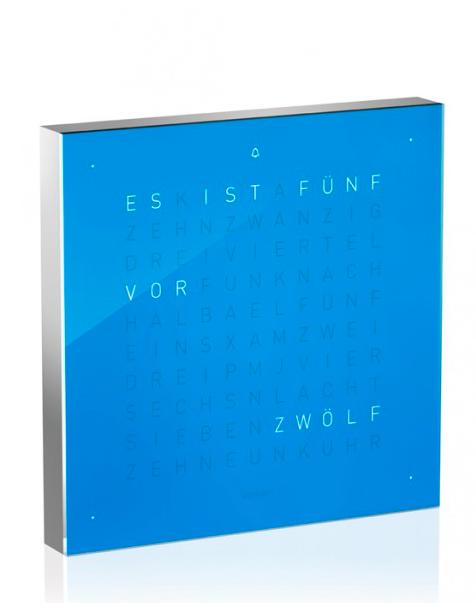 Typographische Tischuhr (c) www.qlocktwo.com