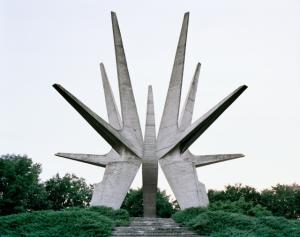 spomenik03