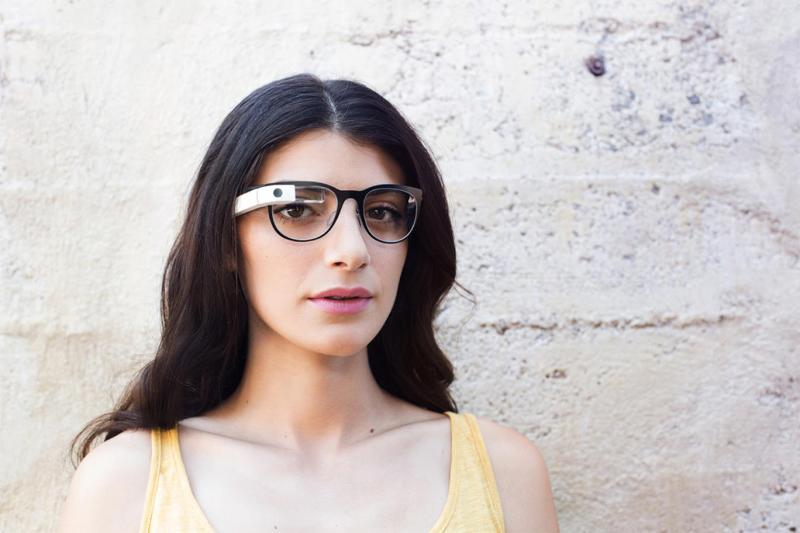 Ob modisches Design die smarte Brille vor ihrem schlechten Ruf retten kann?