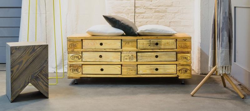 Aus Alt Mach Neu Möbel produktdesign mal anders designobjekt europalette upcycling und