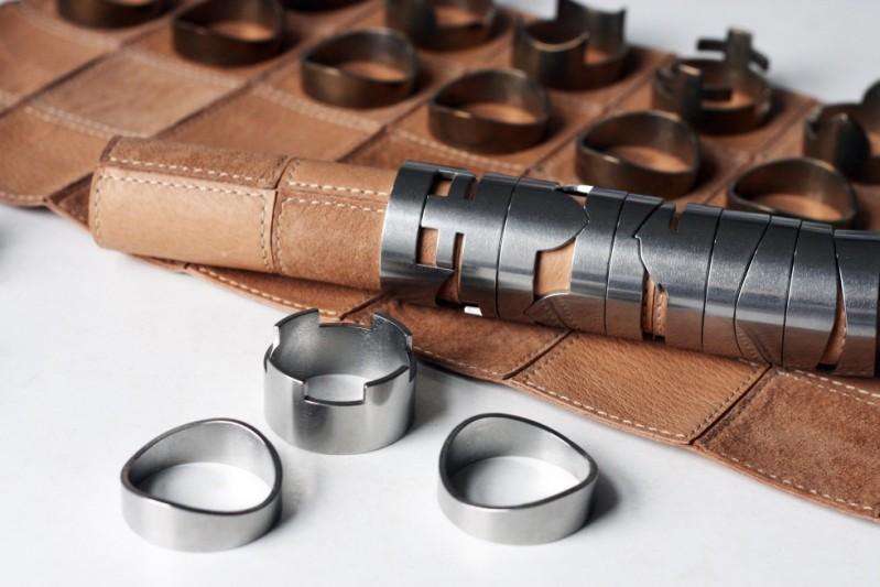 Für wunschlos glückliche Nerds, die gern Schach spielen und danach noch eine Runde puzzeln wollen @ rawstudio.co.uk